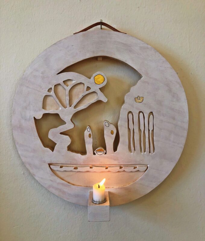 """Ljusbärare """"Möte under livets träd"""" (dagtid). Av Klas Parknäs"""